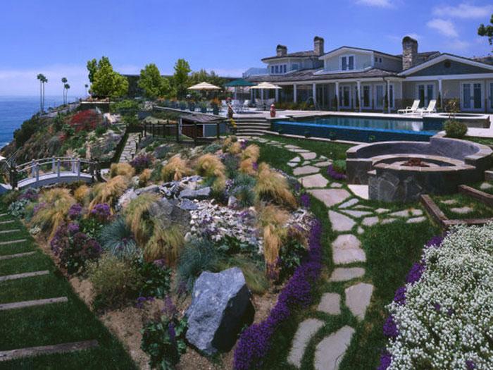 Cap Cod Design in Palos Verdes by Gunderlock Construction